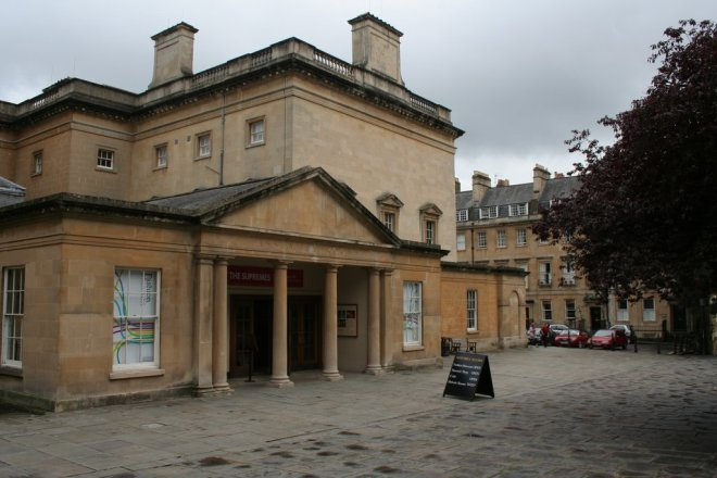 Fashion_Museum_and_Assembly_Rooms_Bath